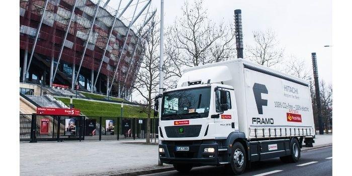 Poczta Polska i Żabka testują największą elektryczną ciężarówkę, fot. Poczta Polska