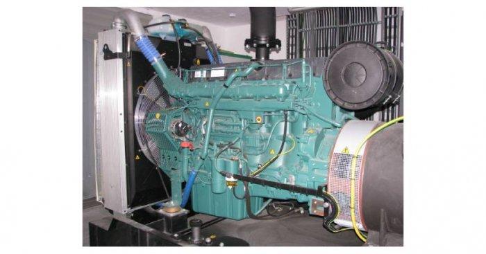 Fot.1. Przykładowy widok zespołu prądotwórczego o mocy 560kVA