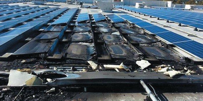 Skutki pożaru instalacji PV oraz okablowania na dachu dużej hali magazynowo-handlowej [5]