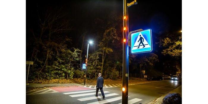 Inteligentne przejście dla pieszych. Fot. TAURON